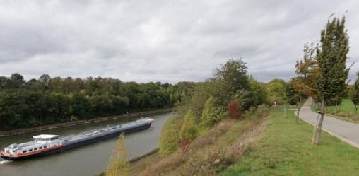 Langs het Albertkanaal achter Maastricht
