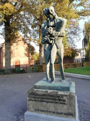 Zadkine's sculptuur van Vincent en Theo