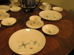 50's-60's plate set 16 pc (4)