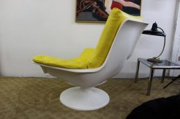 yellow-chair-5