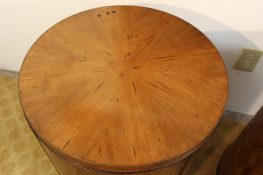 round end tables (9)