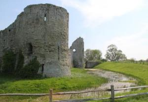 picture of Pevensey castle