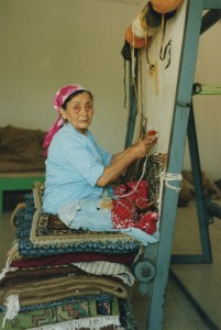 WomanWeaving_Tunisia_1993 1