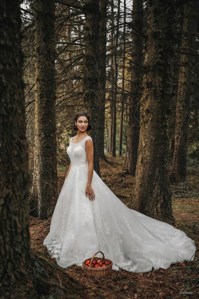 princess wedding dress Snow White