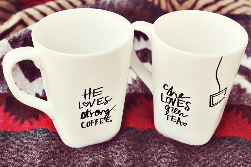 DIY mugs for couples