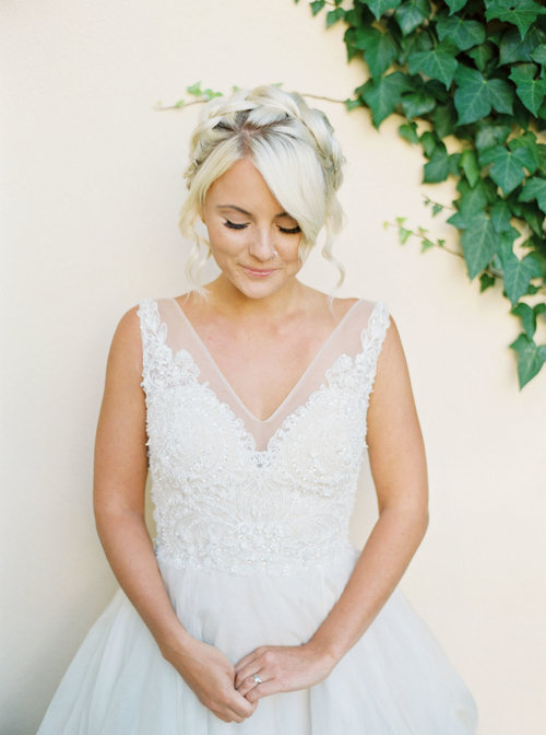 how to shop for a wedding dress