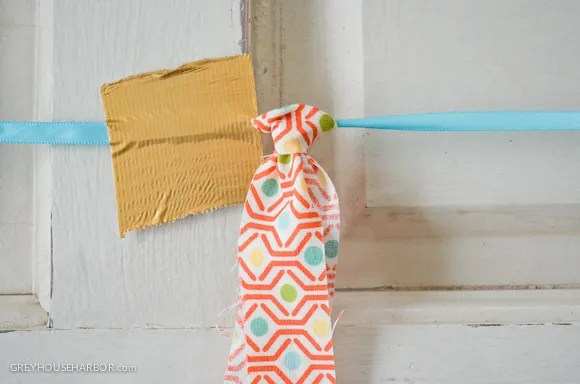 How to make a Fabric Garland - GREYHOUSEHARBOR.com