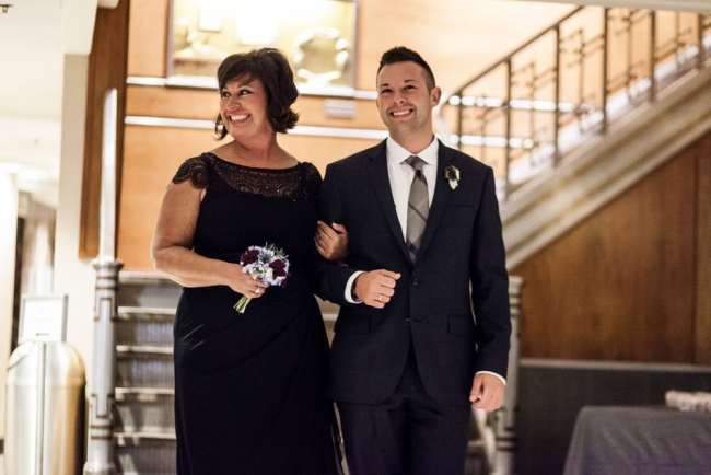 gershon-fox-ballroom-wedding-photos-same-sex-wedding-love-photos-hartford--ct-photography-dan-chris-greyhousestudios-featured-052