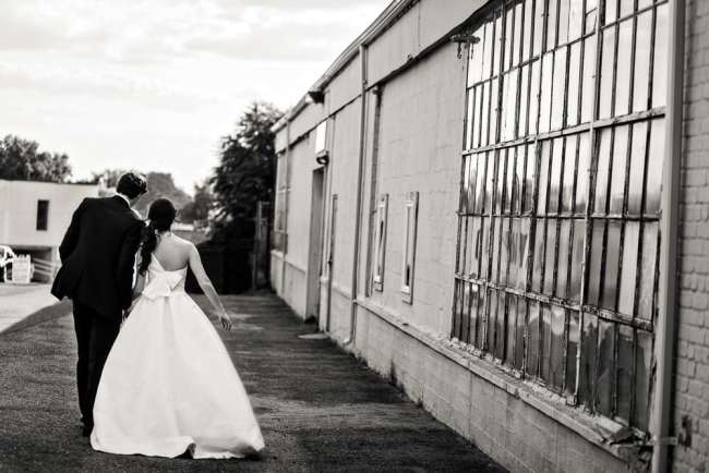 loading-dock-wedding-photos-stamford-ct-wedding-photography-alix-benny-greyhousestudios-featured-032