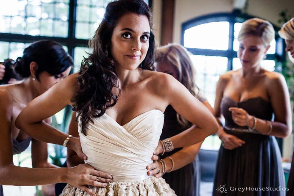 winvian wedding photos bride getting dressed