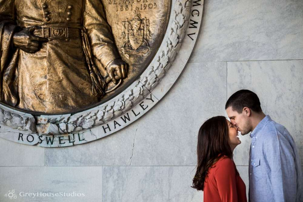 Salute-Bushnell-Park-hartford-Engagement-photos-Sarah-Ryan-greyhousestudios-006