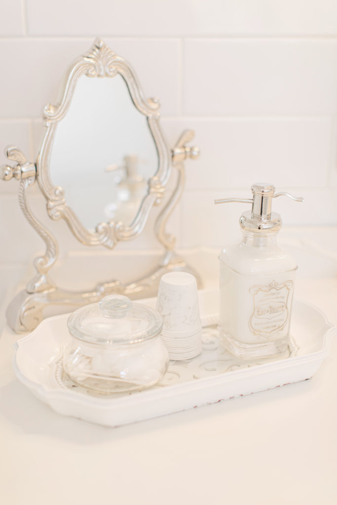 Soap in Bridal Suite - Stonefields Weddings and Events Interior - Ottawa Wedding Venue - Modern & Rustic Wedding Venue