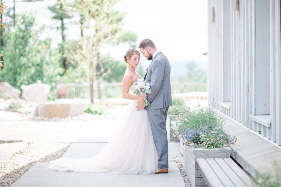 Natural Poses for Wedding Couple - Lavender Rain Inspired Wedding - Le Belvedere- Grey Loft Studio- Ottawa Wedding Photographer - Affordable - Cheap - Fine Art - Best - Kanata Photographer - Wedding Videographer Ottawa - Light and Airy - Beautiful - Timeless - Organic Photographer Carp - Stittsville
