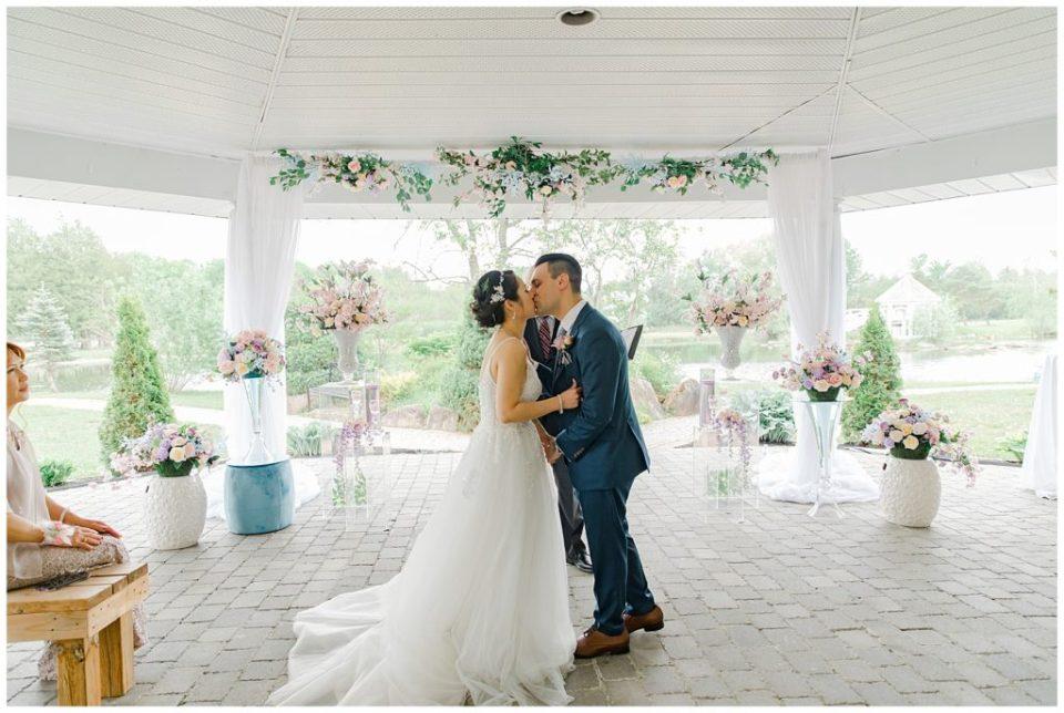 First Kiss - Italian & Chinese Family - Wedding - Lisa & Pat - Grey Loft Studio - Wedding Photo & Video Team - Light and Airy - Ottawa Wedding Photographer & Videographer Orchard View Weddings