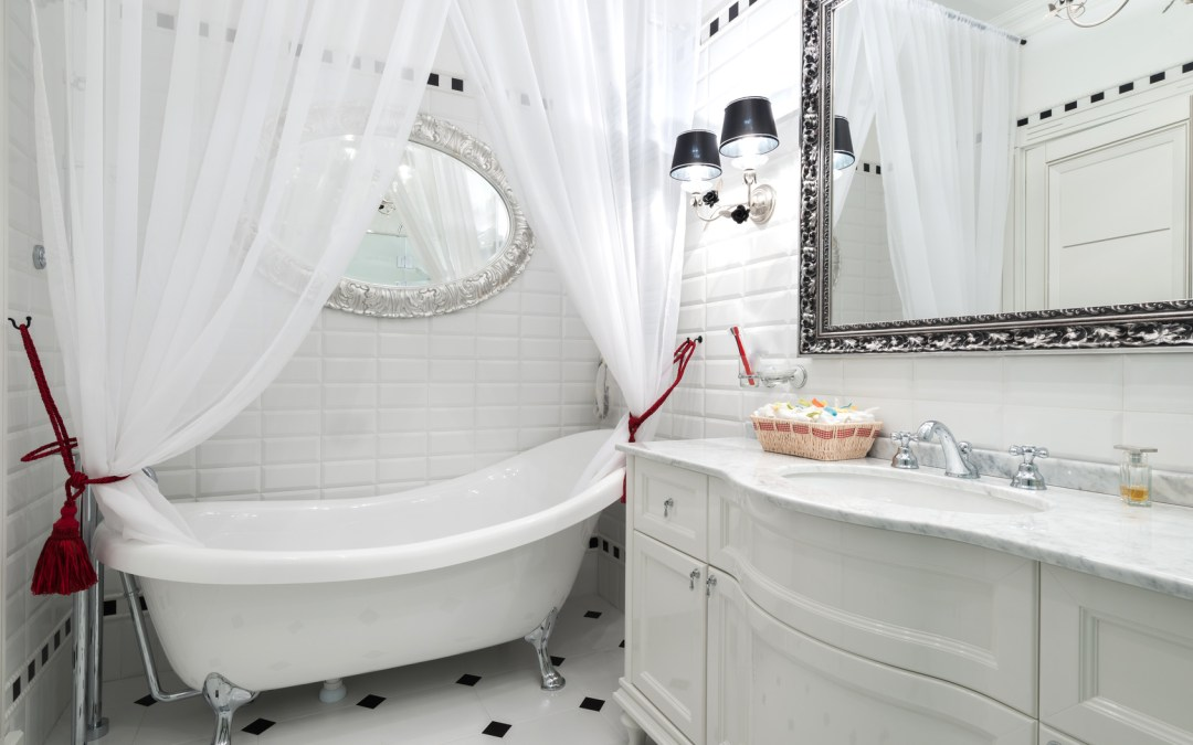 "5 Ways to Spruce up Your ""Old"" Bathroom"