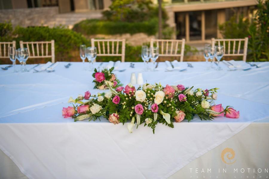 Κτήμα Riviera Βαρυμπόμπη-Διακόσμηση γαμήλιου τραπεζιού από Ευχές με πεταλούδες