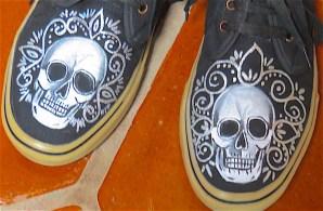 My friend Rhonda's outrageous new shoes.