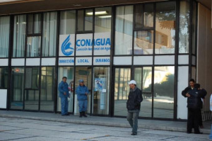 Acciones. A finales del año pasado comenzaron los despidos en ochos dependencias federales entre ellas Conagua.