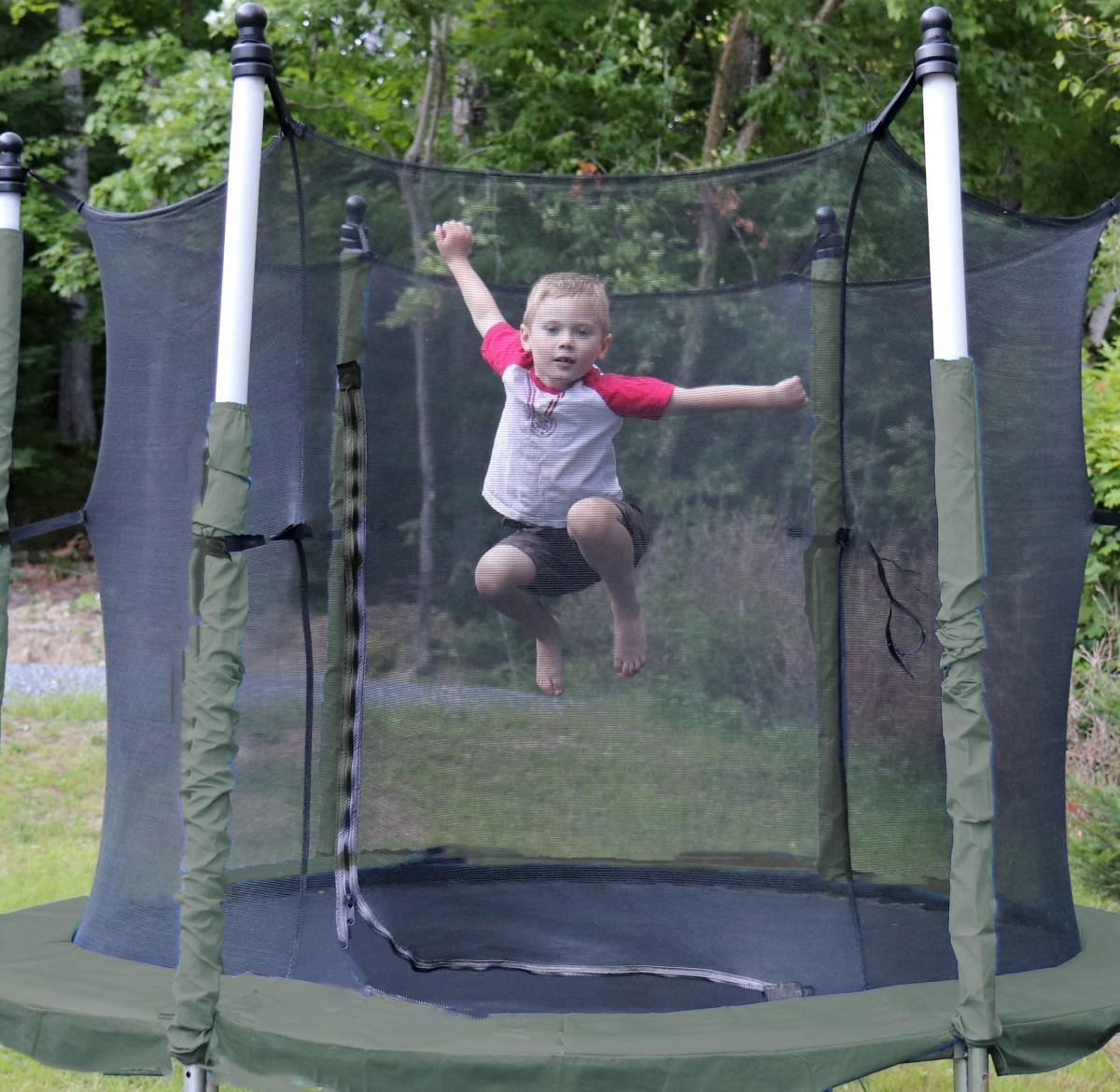 Zackael trampoline