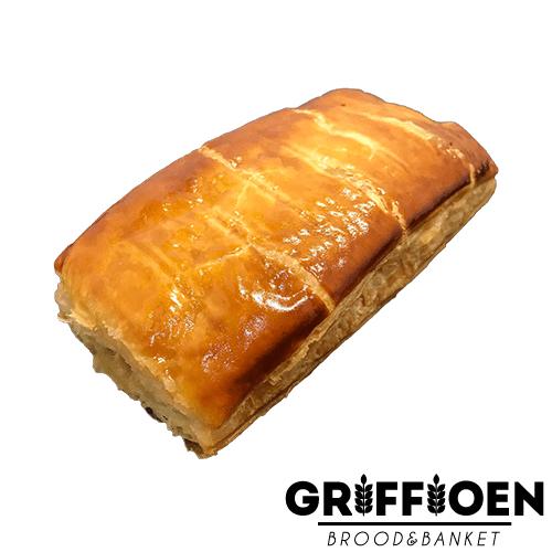 Griffioen Brood en Banket - saucijzenbroodje