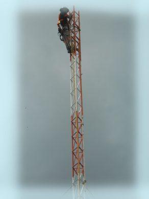 Linha de Montagem Torre Metálica