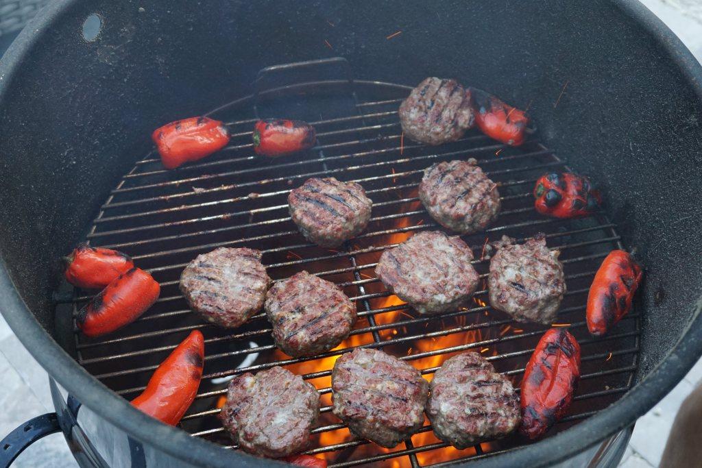 burgers on pitbarrel cooker