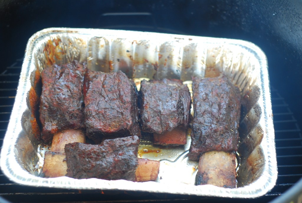 beef short ribs on the pit barrel cooker