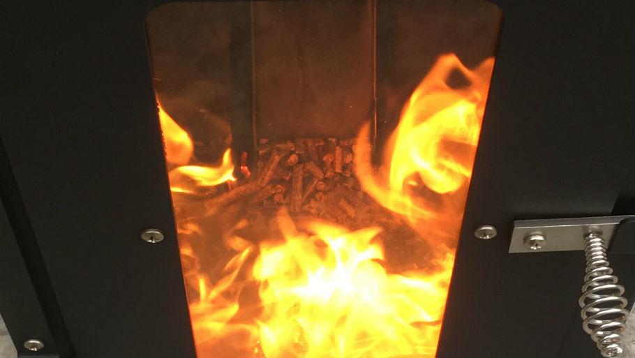 Lil' Timber Pellet Smoker Outdoor Heater Review