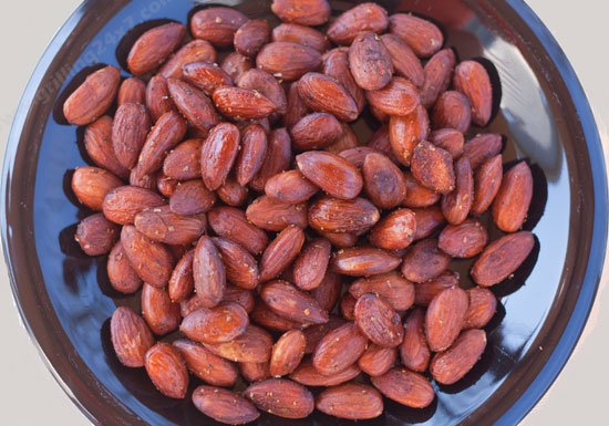 Spicy Smoked Almonds Recipe on the UDS Recipe