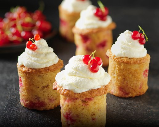 CURRANT CUP CAKES