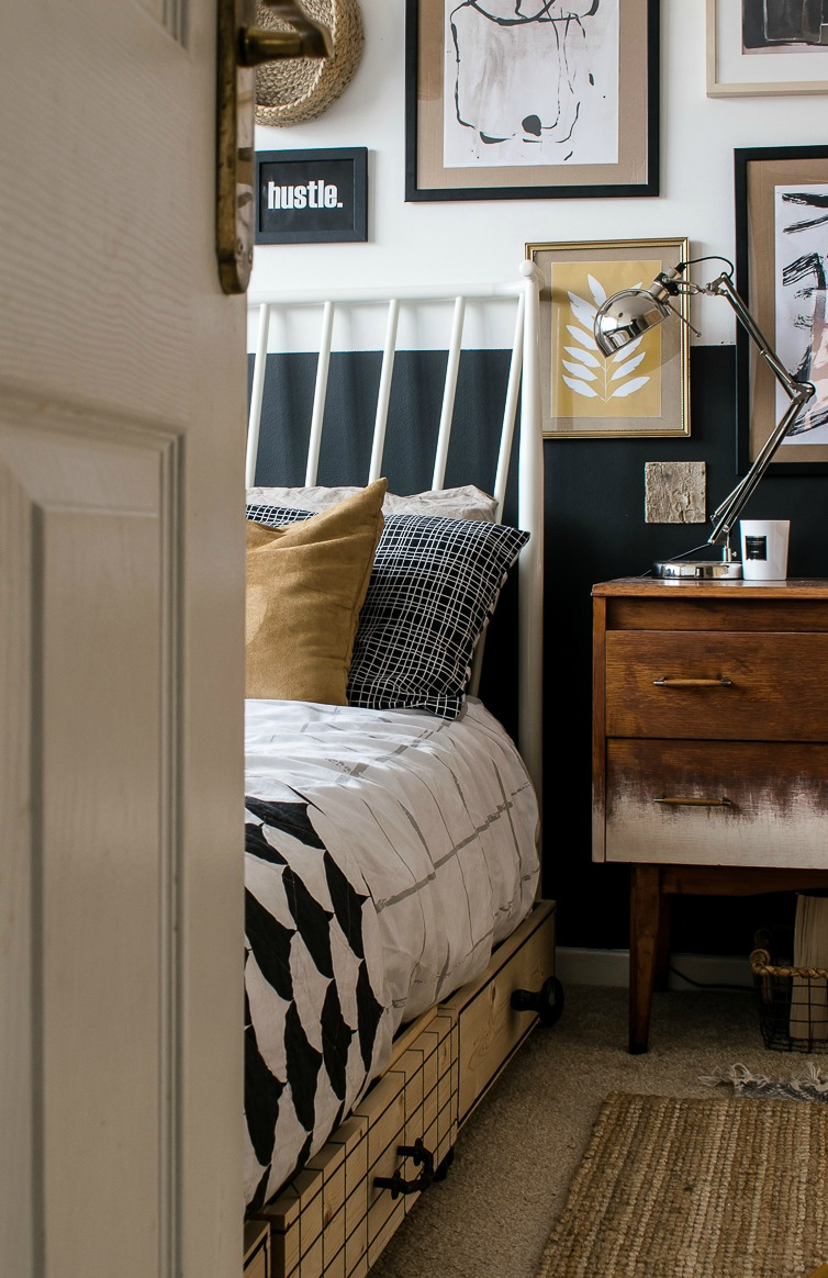 Gallery Wall In Small Bedroom Makeover Half Painted Dark Wall Grillo Designs Www