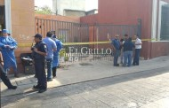 Un indigente muere en bodegas de Super Aki, de Santiago