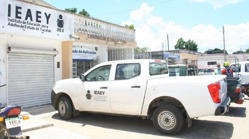 Trabajadores del IEAEY llevan tres meses sin cobrar