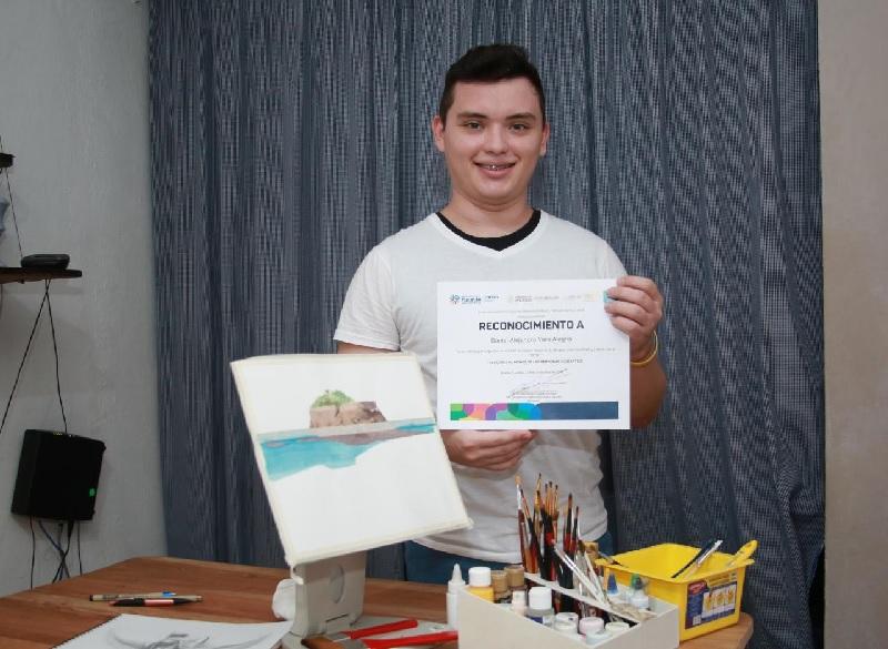 Joven yucateco destaca en el Concurso Nacional de Dibujo y Pintura Infantil y Juvenil 2019