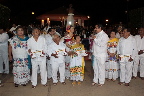 Inicia la tradicional celebración de la Sociedad Coreográfica Genuina Gardenia, en Ticul