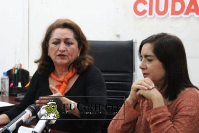 Las diputadas Mily y Silvia dejaron su trabajo para irse de vacaciones a Cuba