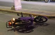 Estalla lo llanta de su moto y derrapa, en Motul: resulta grave