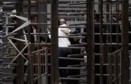 """""""¡Ya estoy libre, cabrones!"""", dice Guillermo Padres al salir de prisión"""