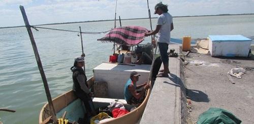 La gasolina cara ocasiona perjuicios a los pescadores de Progreso