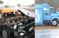 Un camión de Bepensa choca y prensa a una mujer, en el Periférico