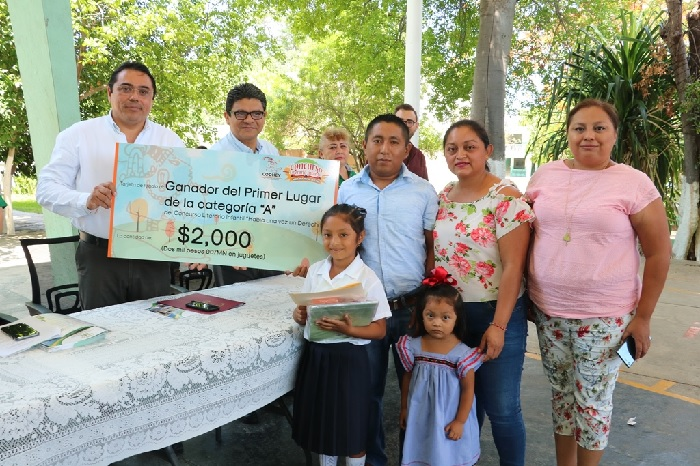 Premian a los ganadores del Concurso literario infantil de la CODHEY