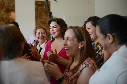 """El proceso interno del PRI debe estar libre de cualquier intento de """"línea"""", afirma Ivonne Ortega"""