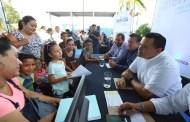 """Más de 300 vecinos de la Emiliano Zapata Sur asistieron al programa """"Ayuntamiento en tu colonia"""""""