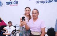 El DIF inició la entrega masiva de aparatos ortopédicos, sillas de ruedas y auxiliares auditivos