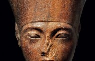 Casa de subastas compra la escultura del faraón Tutankamón en 5.9 mdd
