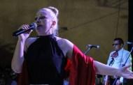 Con un show de Ana Cirré inauguraron la vaquería en honor a la Virgen del Carmen, en Motul