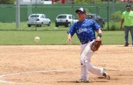 Joya de pitcheo de Antony Romero, que también la bota jonrón ante los Cerveceros, en el softbol de los trabajadores