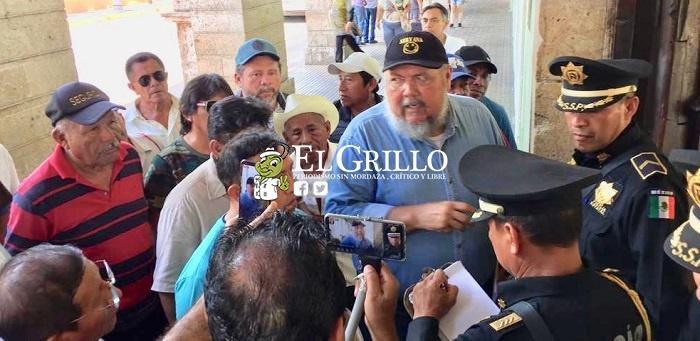 Alfredo, Tonatiuh y Antonio coludidos en el tráfico de tierras, denuncian campesinos
