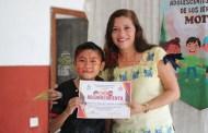 El DIF de Motul entrega reconocimientos a niños difusores