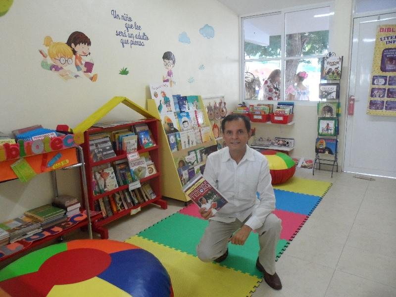 Biblioteca lleva el nombre del escritor yucateco Luis Veytia